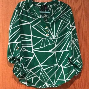 new directions Tops - Green business casual blouse